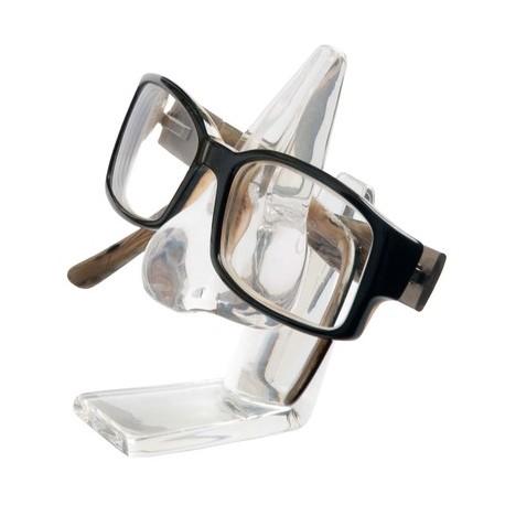 Soporte para gafas con forma de nariz.